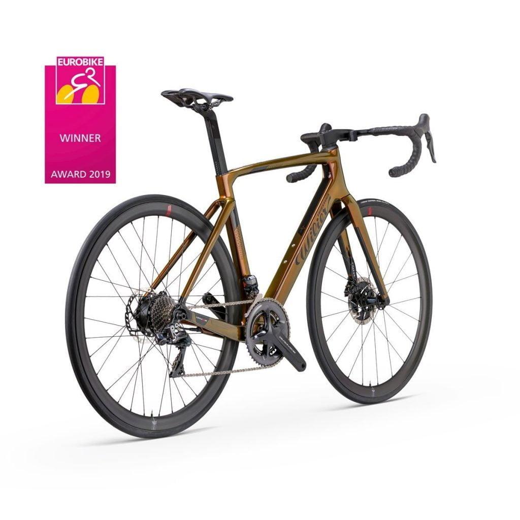 Ecco Cento10 Hybrid, la nuova bici da corsa a pedalata assistita di Casa Wilier