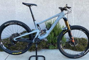 2019 Santa Cruz Bronson CC M Custom Build Carbon wheels